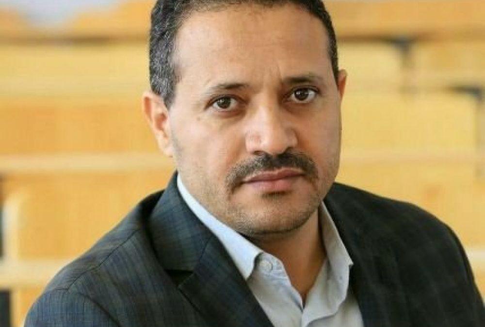 صحافي :مارب أحرقت قلوب الحوثيين و تعز إصابتهم بالجنون و حجة أوقفت دماء عروقهم