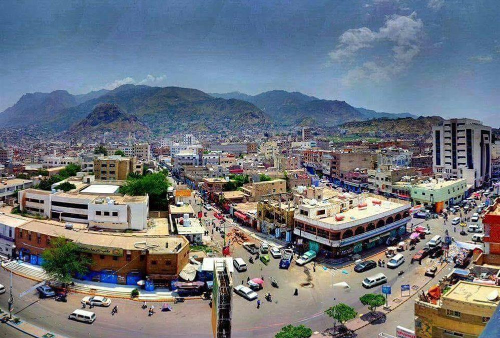 إصابة امرأتين برصاص قناصة مليشيا الحوثي غرب تعز