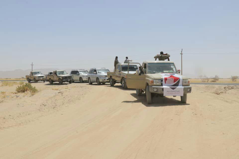 الهيئة الشعبية لدعم الدفاع عن مأرب تسيّر قافلة غذائية إلى المرابطين من أبطال الجيش والمقاومة