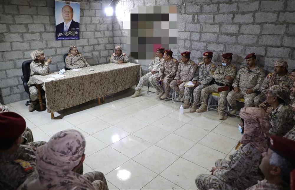 اجتماع عسكري بمأرب يؤكد العزم على استكمال تحرير اليمن من المشروع الإيراني