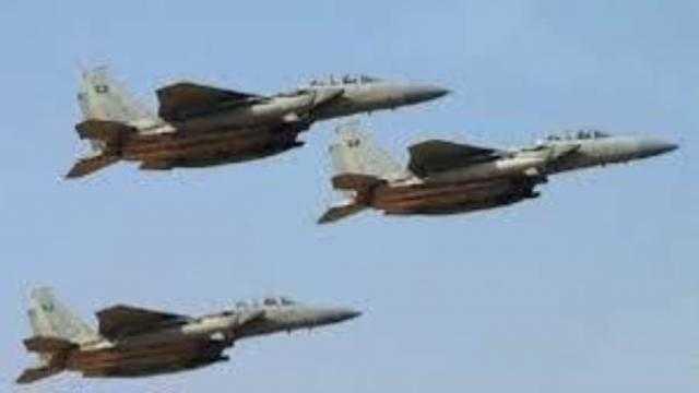 غارات جوية مكثّفة تستهدف المليشيا الحوثية في أطراف مأرب
