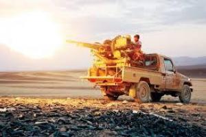 الجيش الوطني يصد سلسلة هجمات حوثية على مواقع محيطة بمعسكر الخنجر الاستراتيجي شمالي الجوف