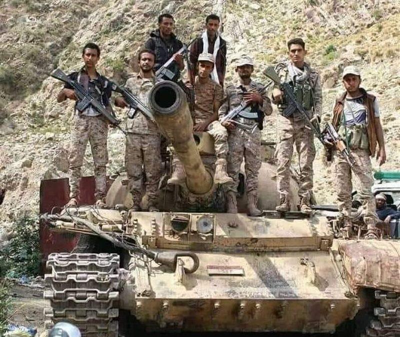 تعز الجيش يحرر مزيدا من القرى والمواقع ويلتحم لأول مرة بالعمالقة