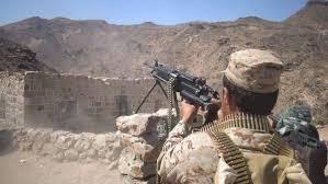 مقتل وجرح 33 من عناصر مليشيا الحوثي بنيران الجيش غرب تعز