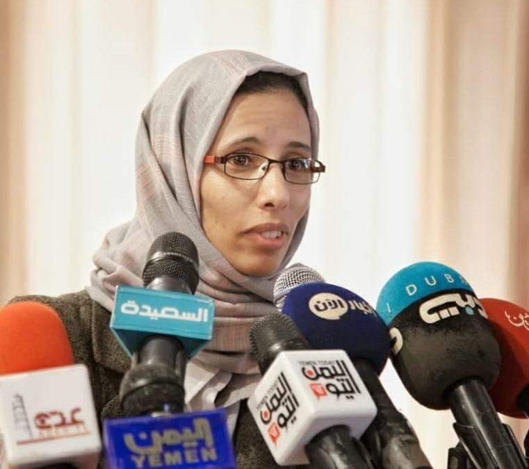 """البدوي: حكومة معين """"ذكورية"""" وإشراك النساء """"سيحسن صورتها""""، والأطراف اليمنية """"متطرفة ولا تقبل بالمرأة"""""""