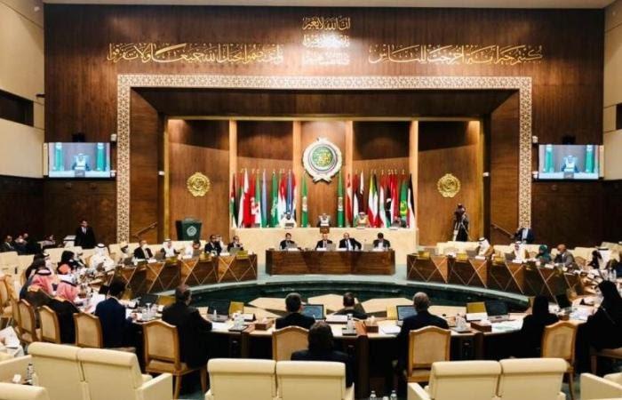 البرلمان العربي يدعو المجتمع الدولي لاتخاذ خطوات عملية جادة لفك الحصار المفروض على تعز من قبل مليشيا الحوثي